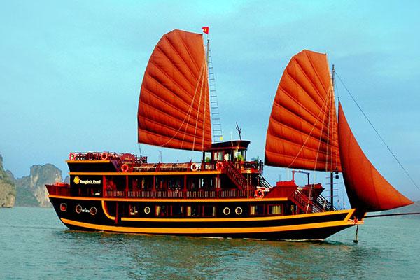 Du Thuyền Imperial Classic Cruise 2 Ngày 1 đêm