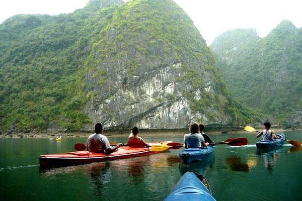 Tour du lịch Cát Bà 2 ngày 1 đêm bằng tàu Cao Tốc trọn gói giá rẻ
