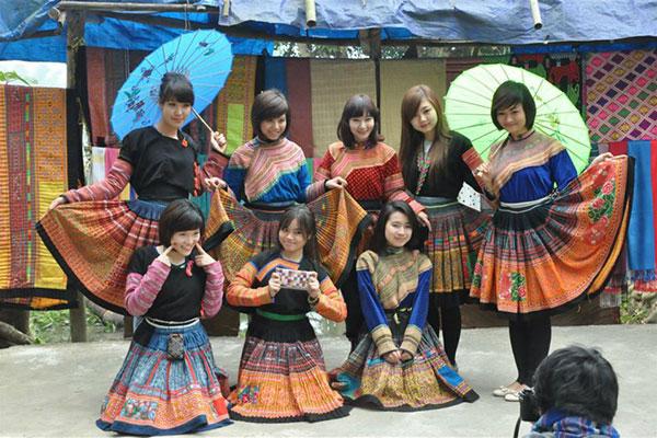 Tour du lịch Mai Châu Hòa Bình 1 ngày