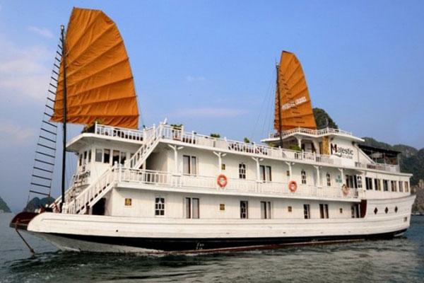 Du Thuyền Hạ Long Majestic Cruise 3 Ngày 2 đêm
