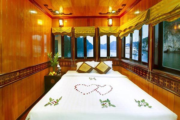 Du thuyền Hạ Long Golden Lotus Premium Cruise 2 ngày 1 đêm